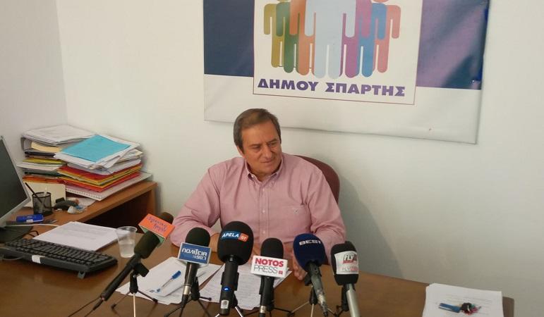 """Αργειτάκος σε συνέντευξη τύπου """"Είμαι έτοιμος να διεκδικήσω τον Δήμο Σπάρτης"""" – Βίντεο"""
